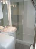 salle de bain toute équipée