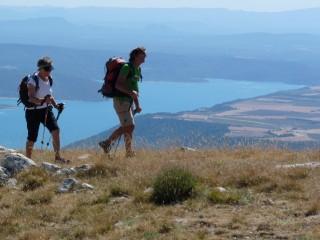 Le lac de Sainte Croix depuis le Serre de Montdenier